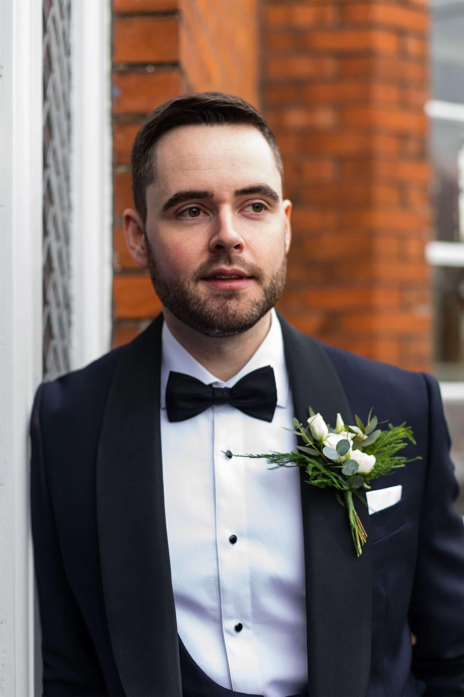 grooms style navy tux