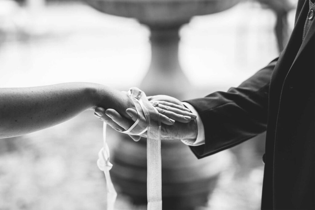irish handfasting wedding ceremony